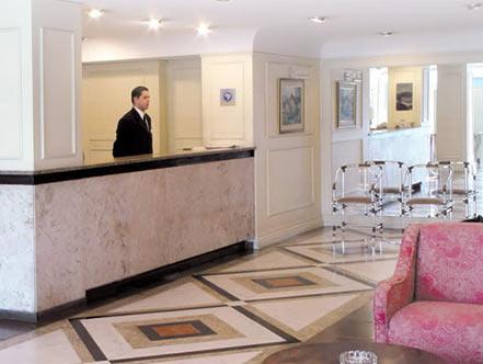 Hotel Savoy, em Curitiba