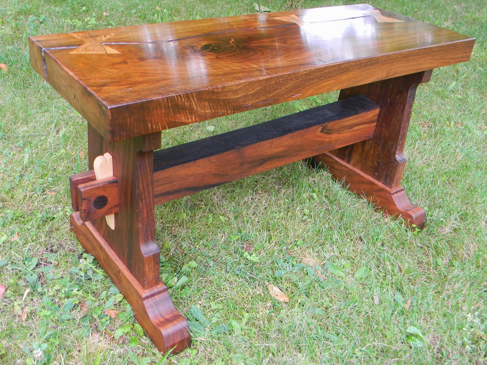 oakenheart woodcraft french walnut trestle coffee table