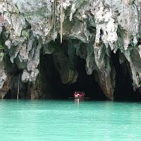 Cueva a la entrada del Río Subterráneo de Puerto Princesa