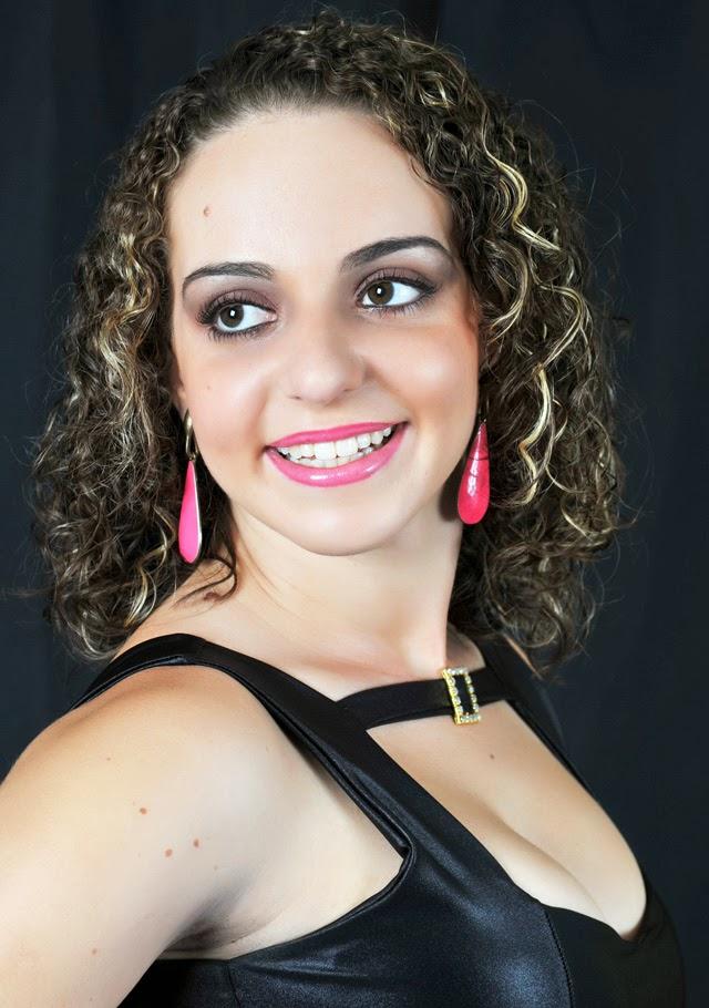 Amanda Peçanha. Foto: Cassio Rossoni / Estúdio Linear