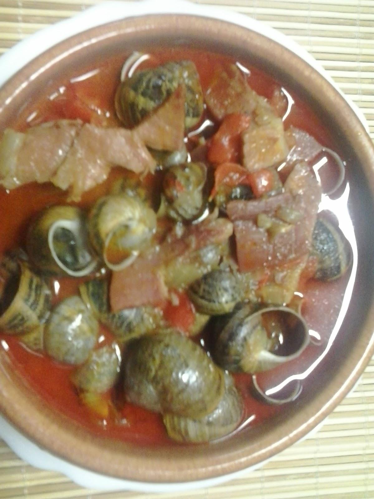 caracoles con jamon: