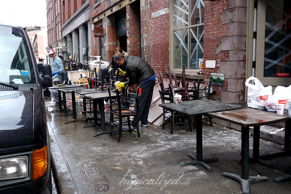 New York November 2012 Sandy Aufräumarbeiten Lokalbesitze