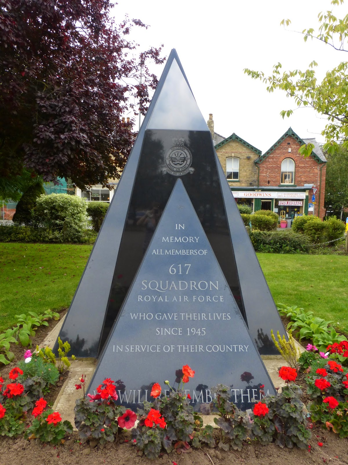 617 squadron since 1945 memorial wood hall spa