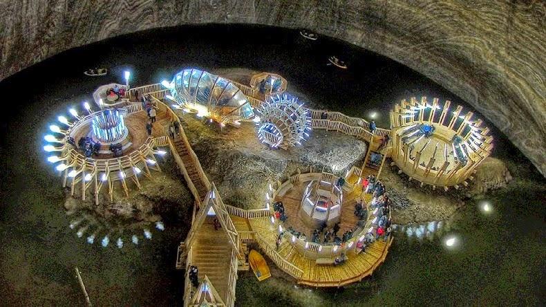 parque de diversiones en antigua mina de sal