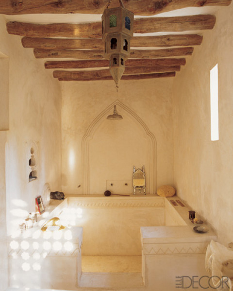feel like a princess using this bath located in Kenya.