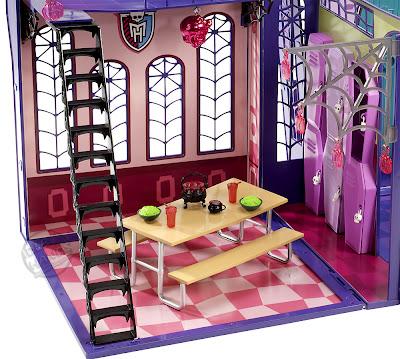 http://2.bp.blogspot.com/-bawqTmTZfjM/TzaFX7F8ixI/AAAAAAAABRE/-cA9RB600tg/s1600/Monster-High-School-02.jpg