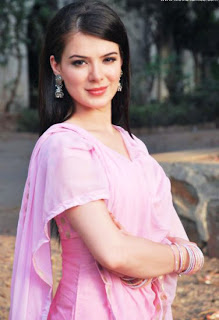 Bollywood Actress Urvashi Sharma Unseen Latest picture
