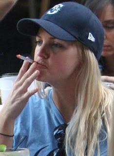anna faris smoking