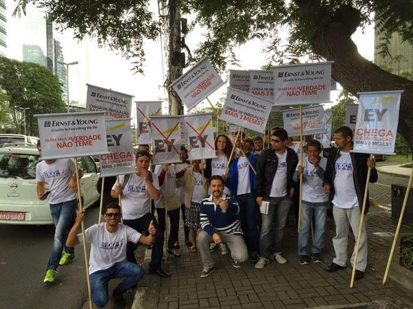 TelexFREE X Ernst & Young - Manifestação em SP - 12/05/2015