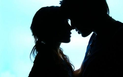 كيف تمتلكين قلب حبيبك او زوجك بسهولة - man boy love woman girl - romantic pictures