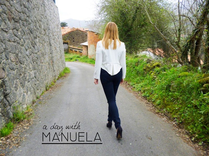 A DAY WITH MANUELA