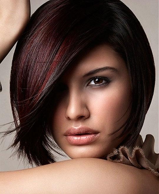 Фото модных причесок для коротких волос