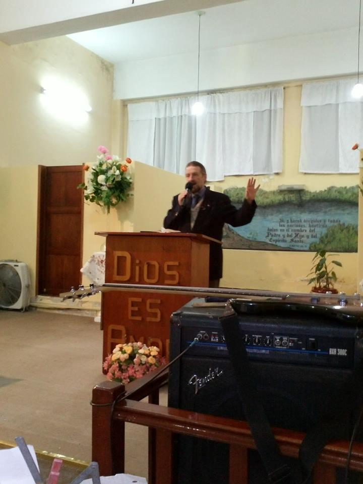 Pastor Raul Radakoff, Iglesia Cristiana
