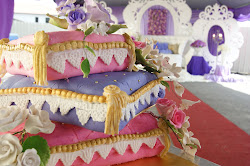 Three tier pillow cakes