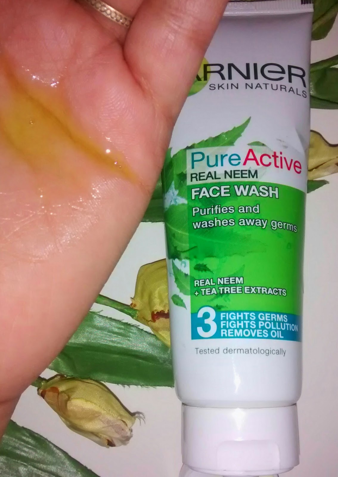 Garnier Pure Active Real Neem Face Wash