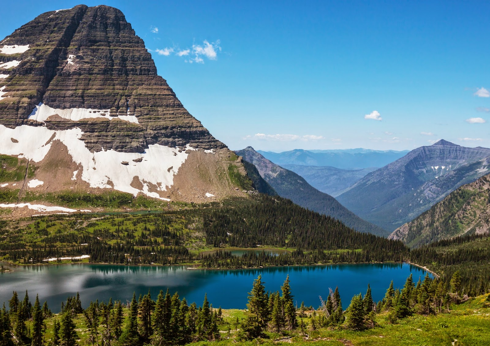 Day Hiking Trails: Hike to great mountain vistas at Glacier NP