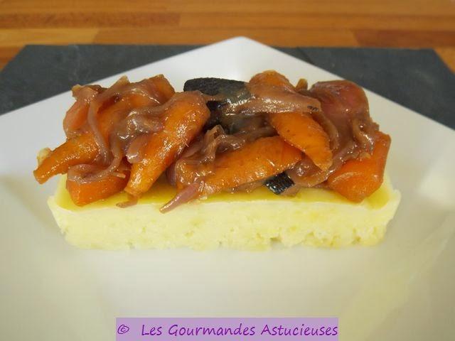 Carottes et radis caramélisés sur lit d'écrasée de pommes de terre