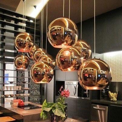 tendencia decorativa pendente dourado