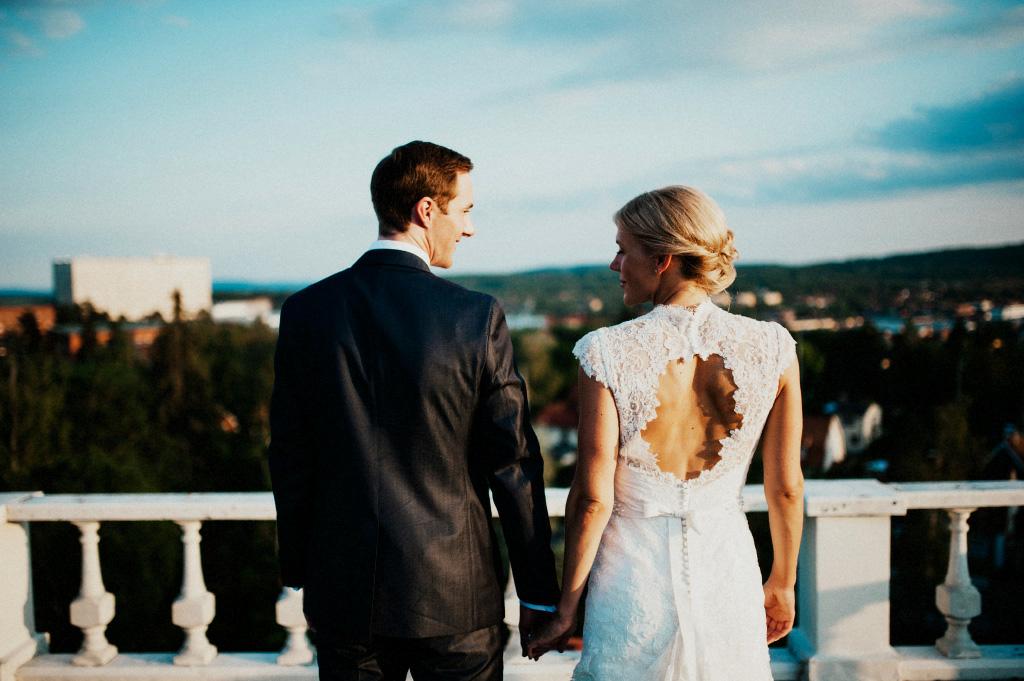 Petra och Peder på Bergalids tak i Falun