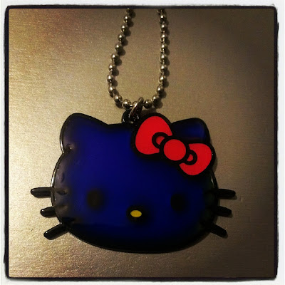 Hello Kitty mood necklace blue