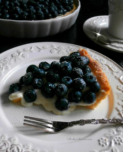 Tarta z Borówkami Amerykańskimi z Aksamitną Masą Śmietanowo - Budyniową - Przepis - Słodka Strona
