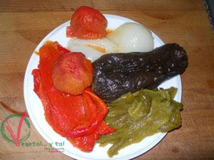 Retirar la piel de las verduras.
