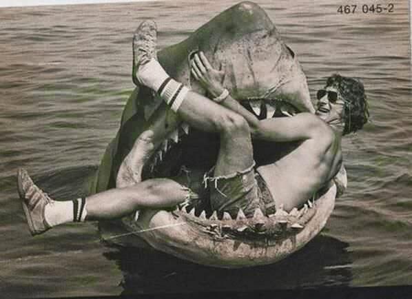 Spielberg Tiburón bromas