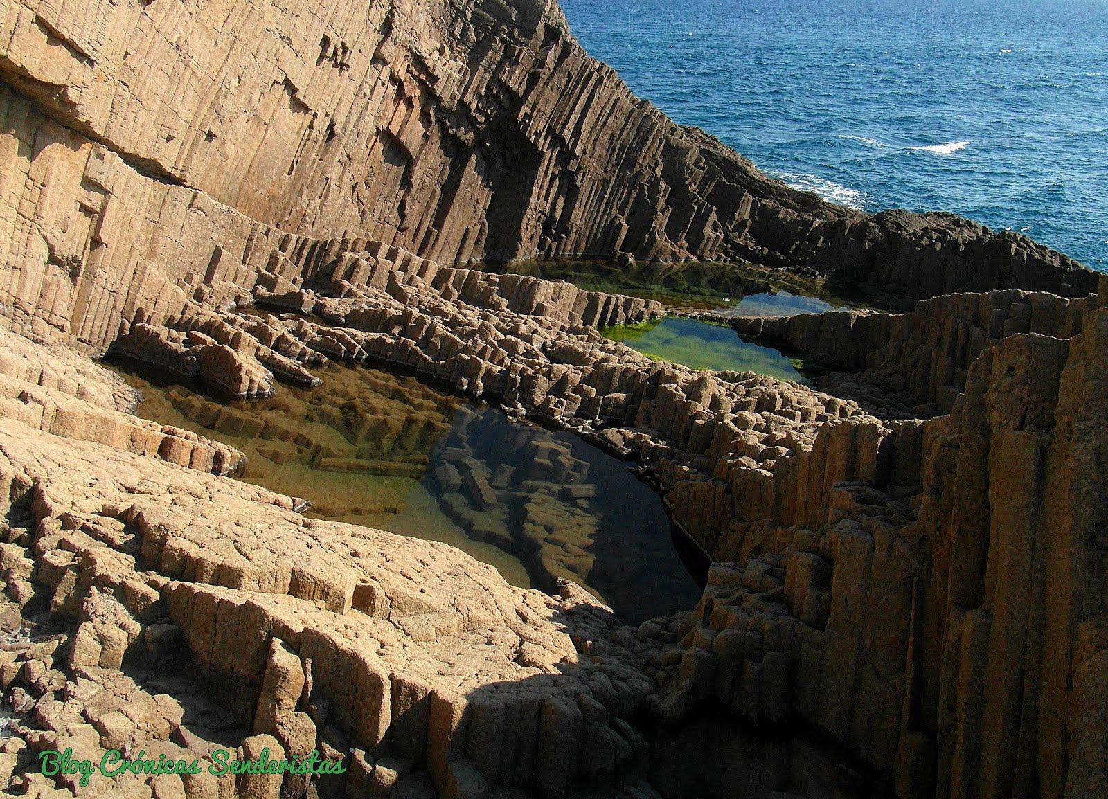 Disyunciones Columnares de Punta Baja. Cabo de Gata