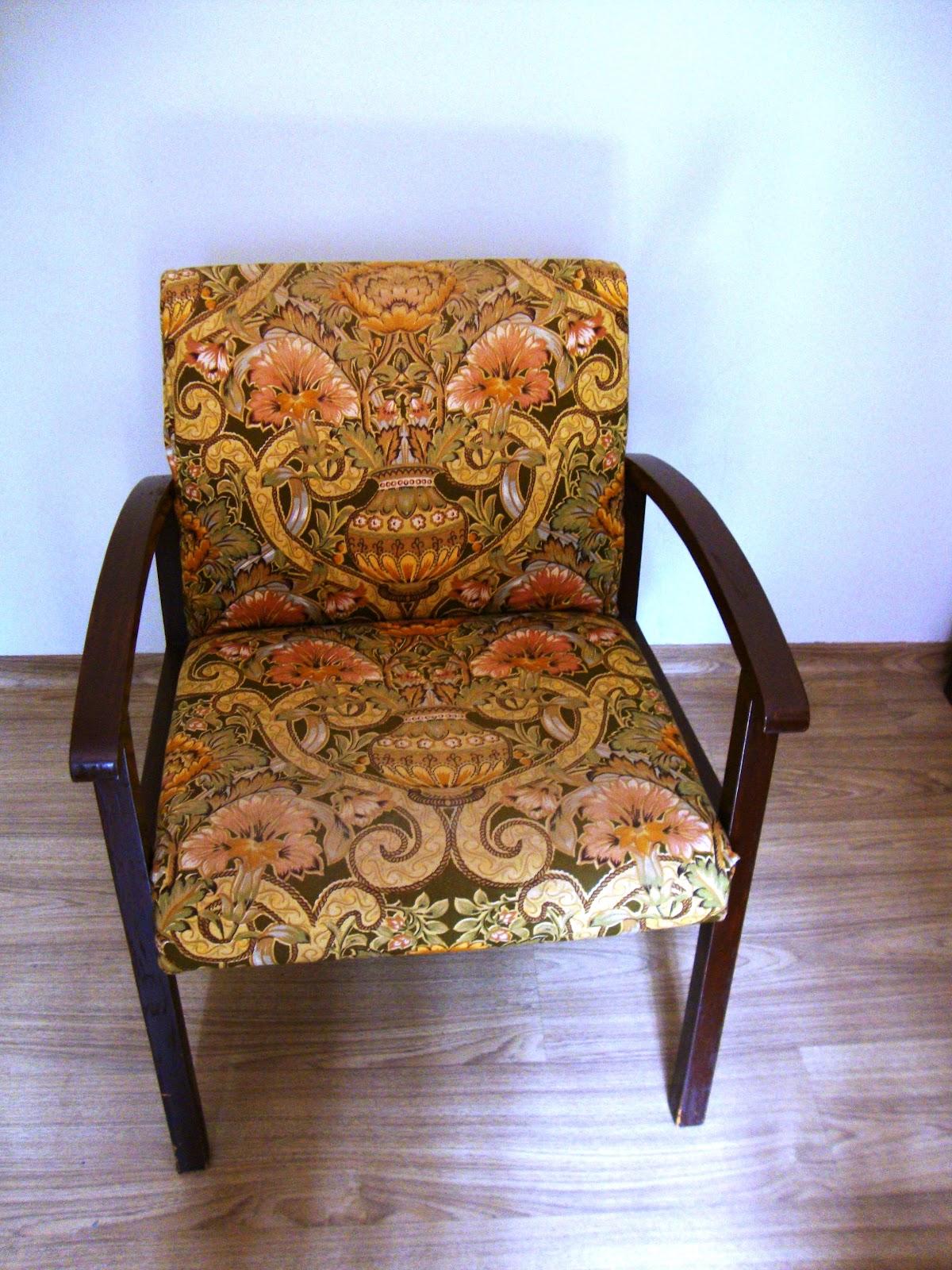 Babuchy Decor: Capa para Cadeira #1B5AB0 1200x1600