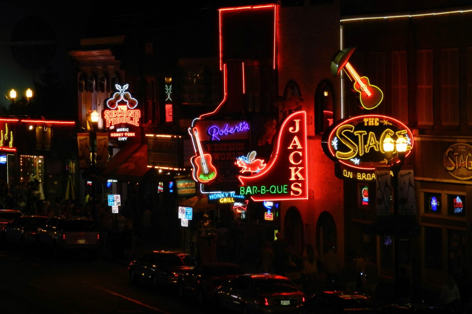 nashville, broadway, honky tonks, signs
