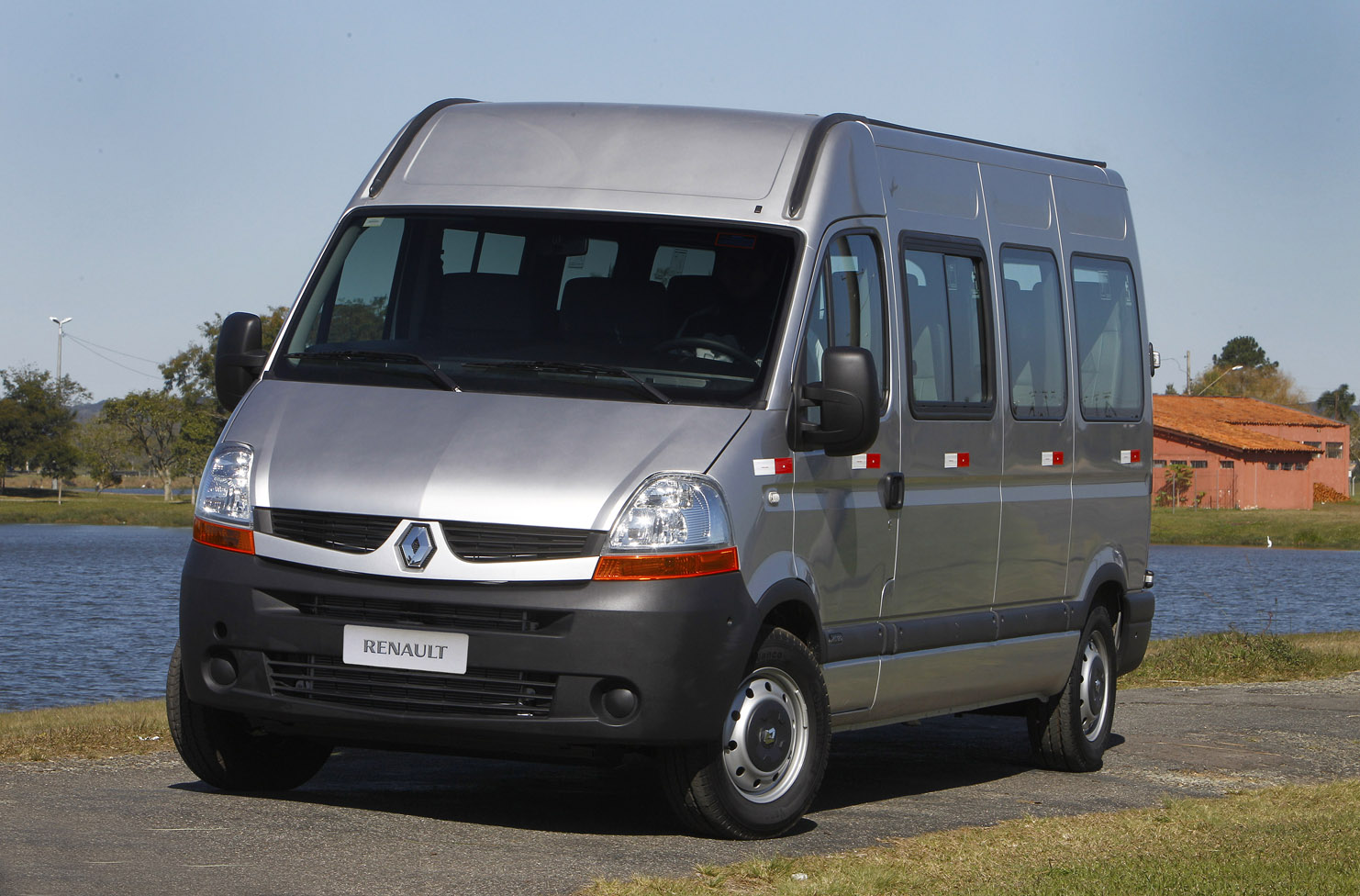 Car Au Renault Master 2012 Used And New Cars From