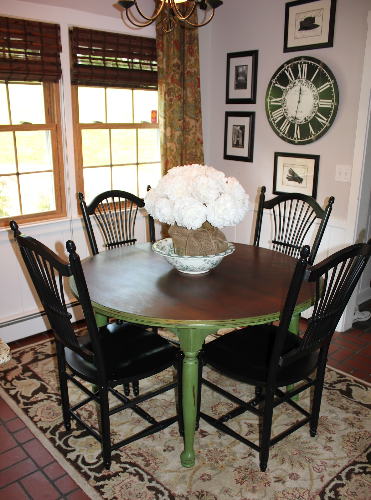 My passion for decor green with envy the kitchen table for Painted kitchen chairs