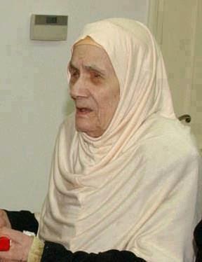 صاحبة هذه الصورة من أعظم نساء الدنيا