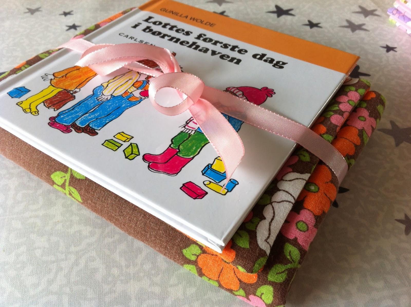 KakTusser: Sengetøj til dukkerne