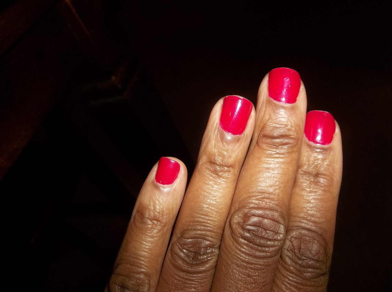 BerryMorins Bits and Tips: Manicure ~ Essie Plumberry Nail Polish