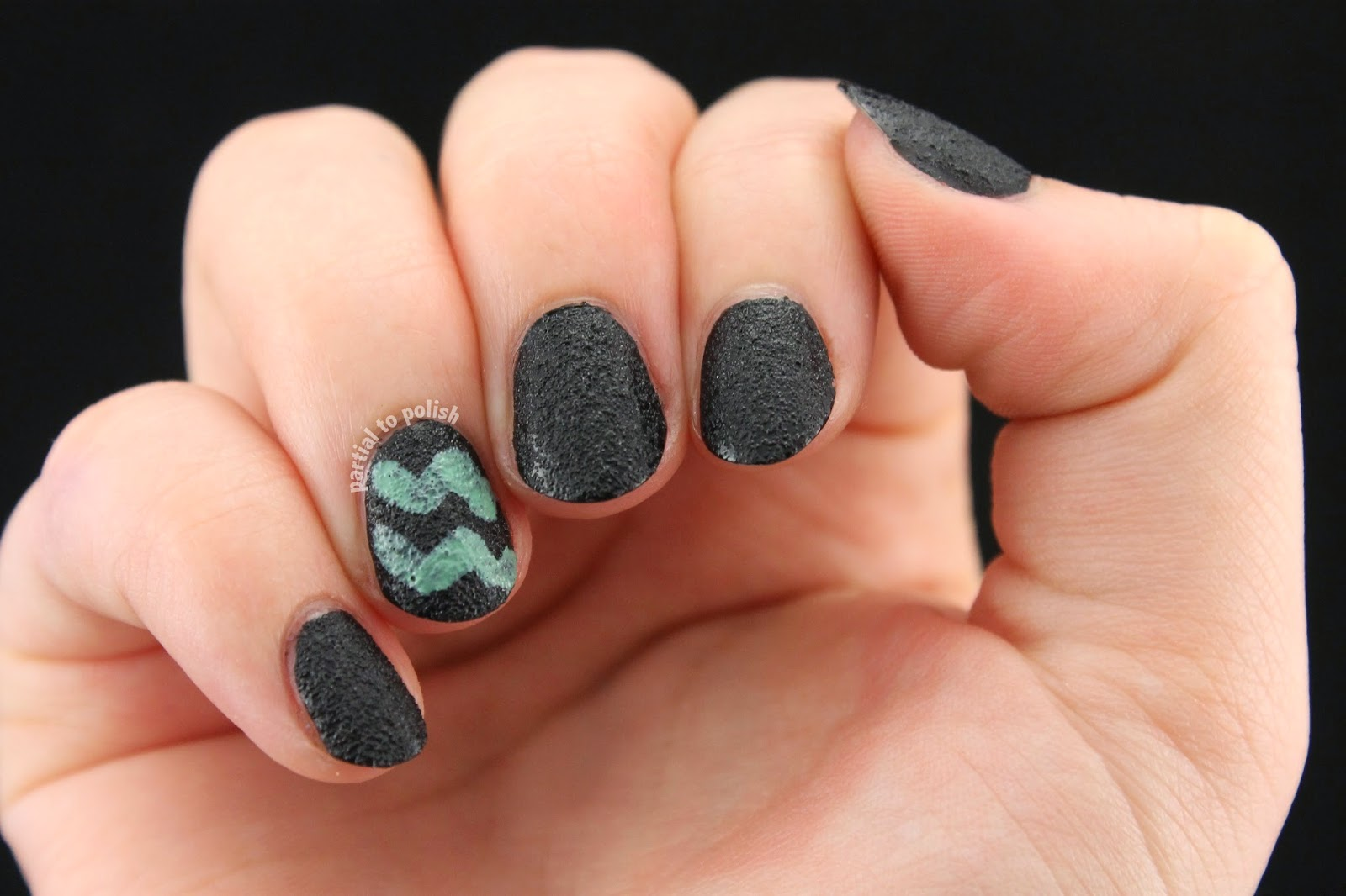 Textured Black Nails with Mint Chevrons Featuring Sally Hansen Lick-O-Rich