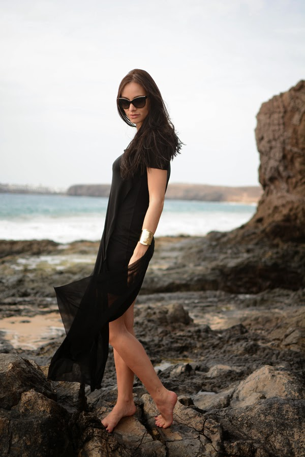 Outfit_Beach_Dress_Black_Summer_Dresses_FashionBlog_LamourDeJuliette.004