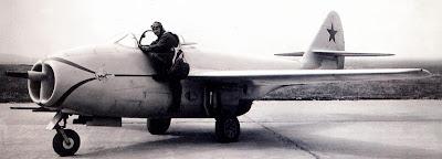 Первый прототип И 300 миг-9