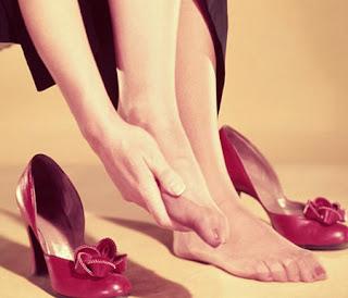 6 cách giảm đau khi mang giày cao gót