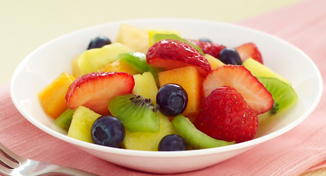 This Fruit Salad Will Help You De-Bloat ASAP