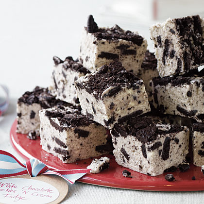 White Chocolate Cookies 'n' Cream Fudge | Cook'n is Fun ...