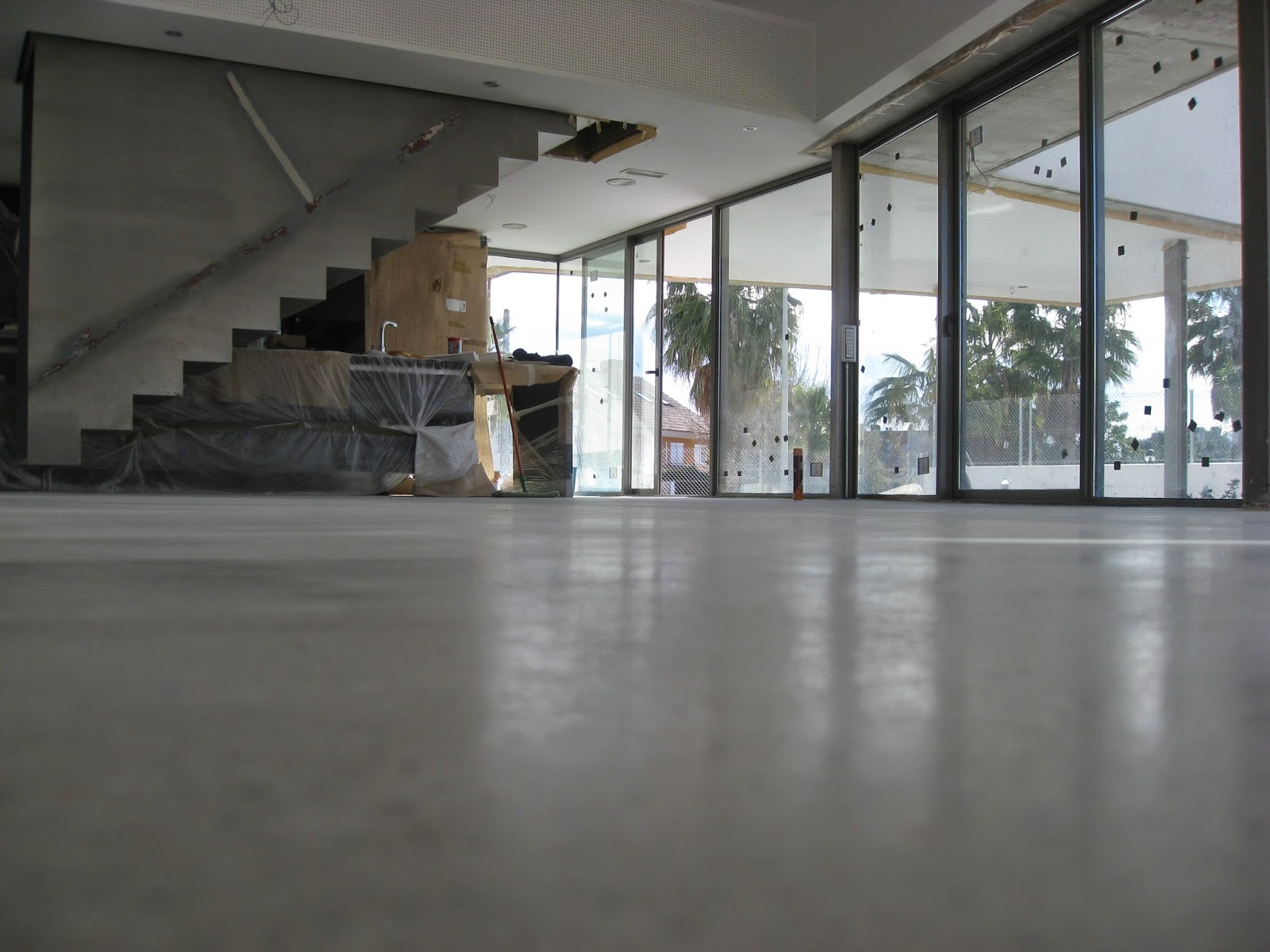 Pulido y cristalizado de suelos javier ballesteros - Hormigon pulido para interiores ...