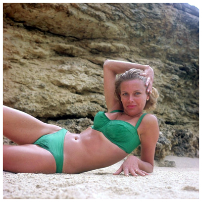http://grapnel.tumblr.com/post/130816778795/honor-blackman-in-that-green-bikini