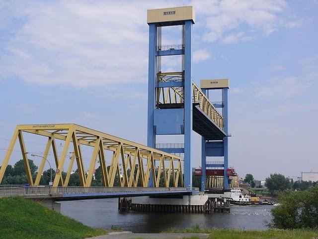 جسر+ثقف+نفسك+111 مدينة الجسور في هامبورغ