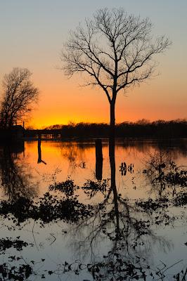 Grapevine Lake Sunset