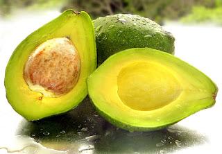 Buah alpukat peluruh kolesterol