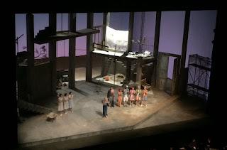 Salutations à la fin de la représentation d'Ariane à Naxos à l'Opéra Bastille Paris, au premier plan Karita Mattila