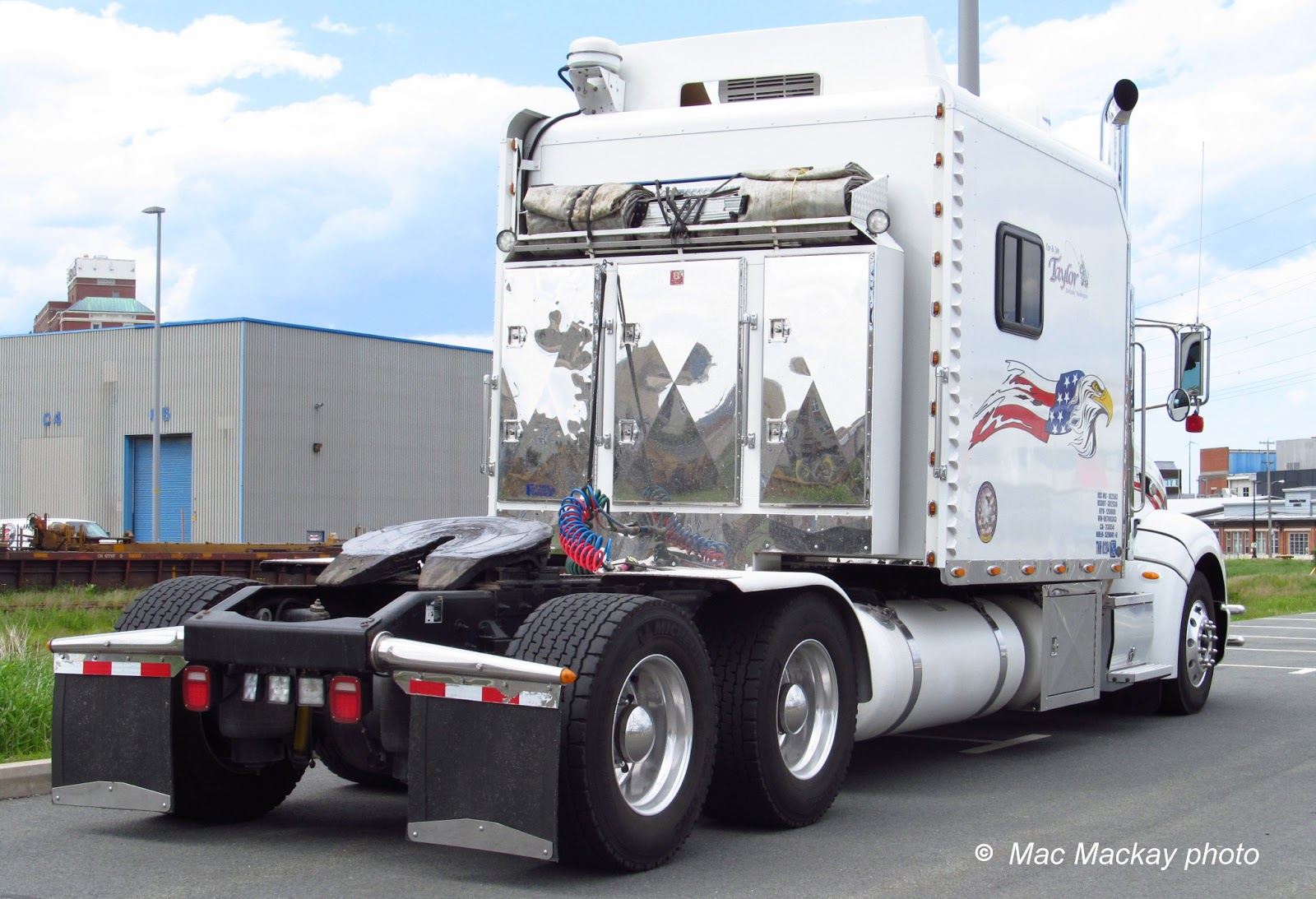 Img Peterbilt on Big Rig Truck Engine Part Diagram
