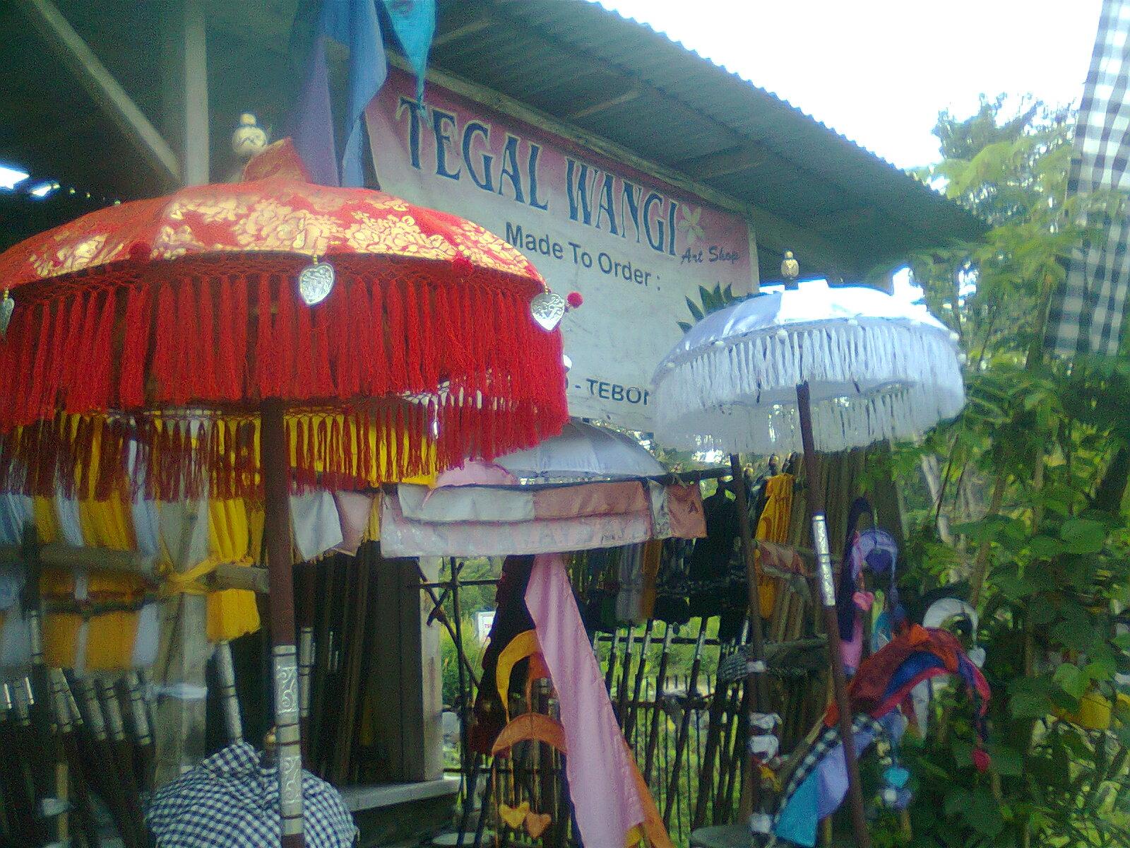 Payung Dan Umbul Tradisional Bali Balinese Umbrellas And Paayungg Hitam Besarr Flags Maker