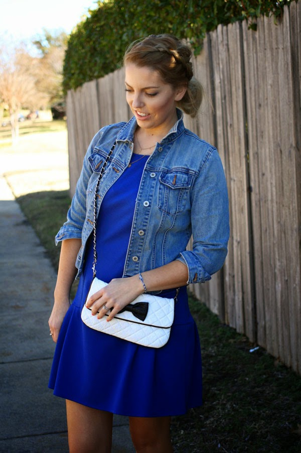 blue_dress_jean_jacket